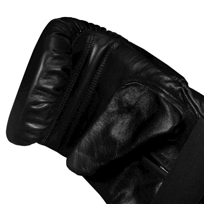 TITLE Boxing Traditional Leather Bag Mitts